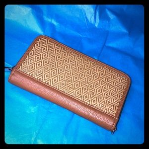 Faux leather straw wallet caramel clutch NEW